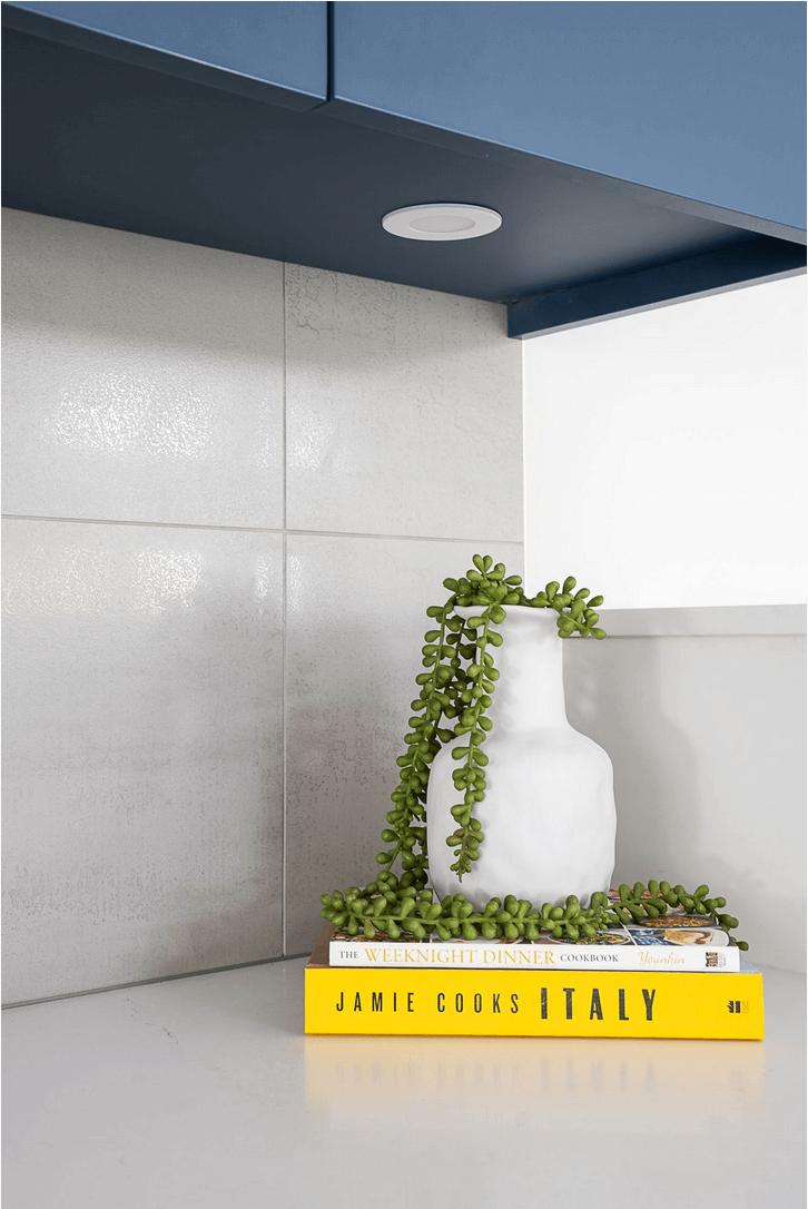 Kitchen backsplash large porcelain tile